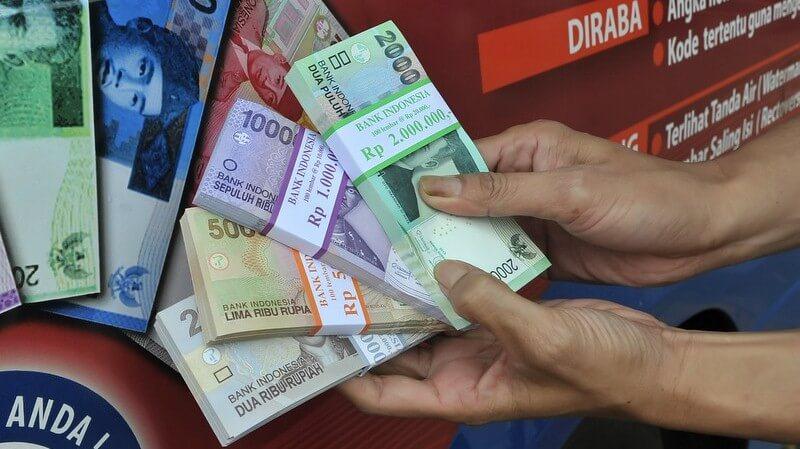 jasa penukaran uang baru