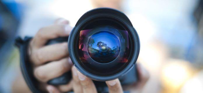 menjadi fotografer