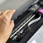 cara mengatasi hasil print bergaris