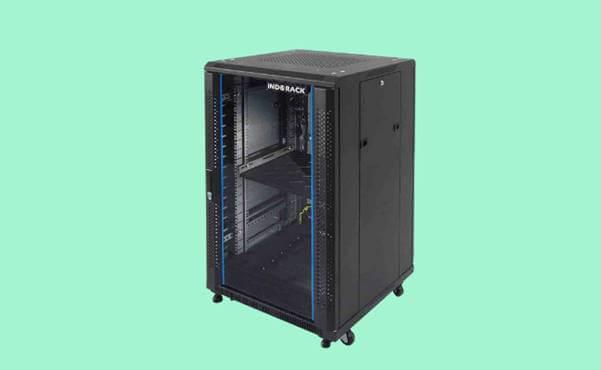 cara memasang rack server yang aman