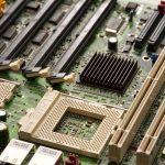 komponen motherboard dan fungsinya